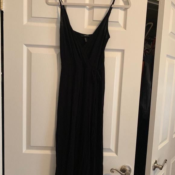 Forever 21 Dresses & Skirts - Forever21 Faux-Wrap Midi Dress